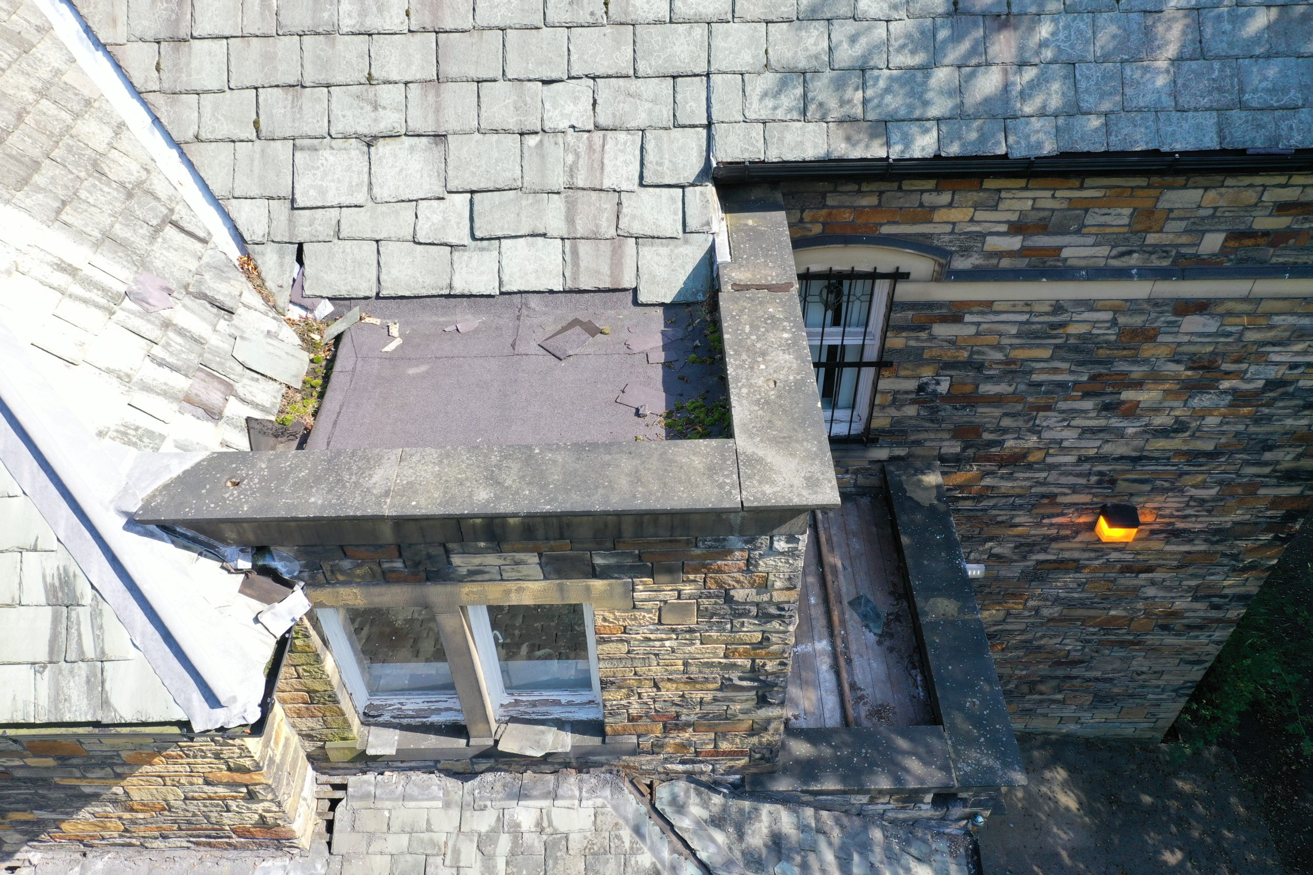Drone - Roof / Roofing Inspection - Dilapidation - Gutter / Guttering - Chimney Stack - Broken Tiles / Slates
